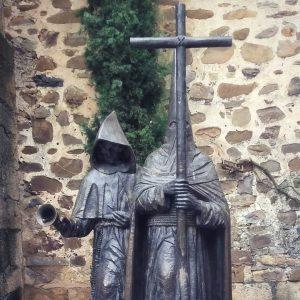 Cáceres Statue